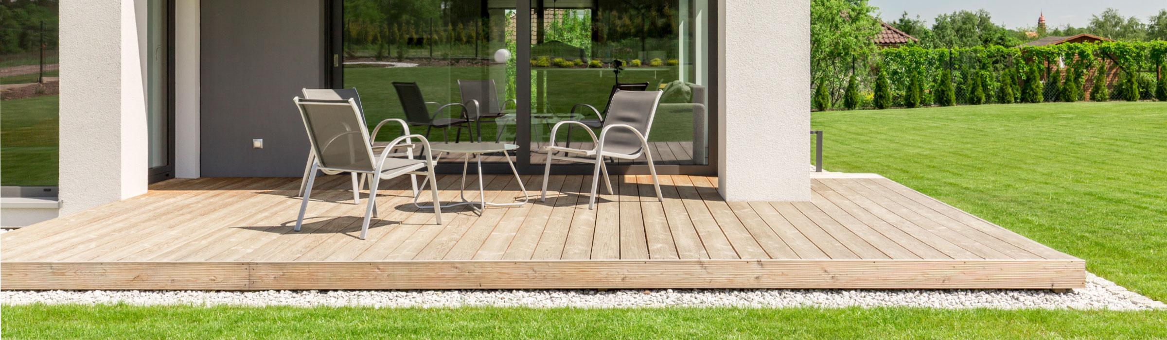 Terrassen aus Holz, Zäune und mehr